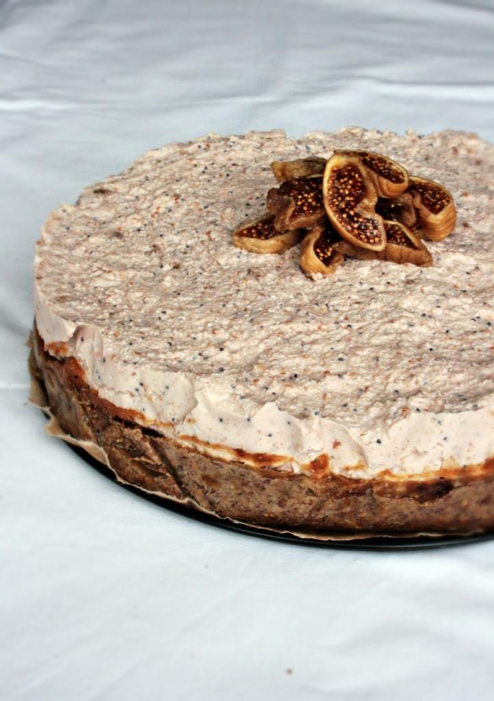 Vegan cheesecake di anacardi e fichi secchi