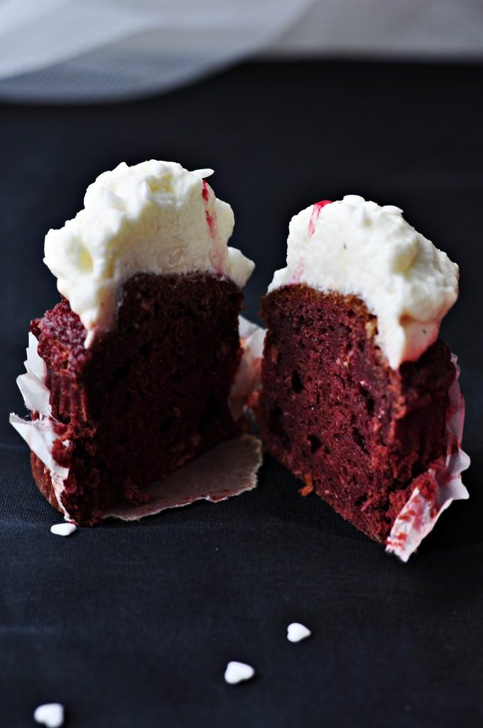 Red Velvet Cupcakes 8